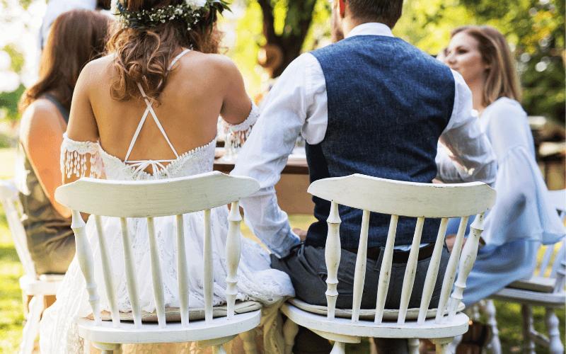 Ślub w plenerze - para młoda.